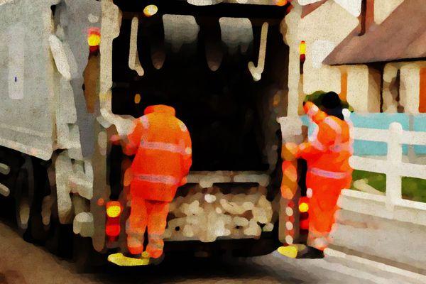 Pendant le confinement, les éboueurs ramassent davantage d'ordures ménagères.