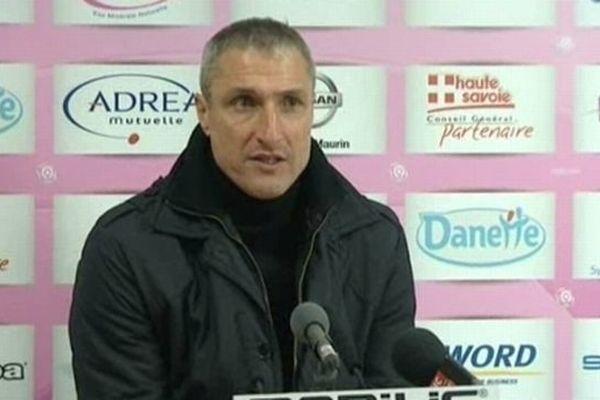 Bernard Casoni, nouvel entraîneur AJ Auxerre