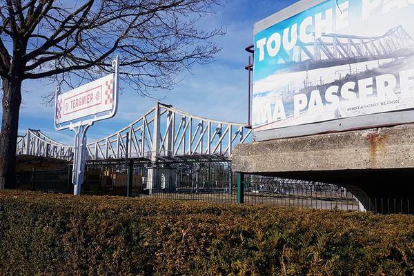 Passerelle SNCF de Tergnier dans l'Aisne