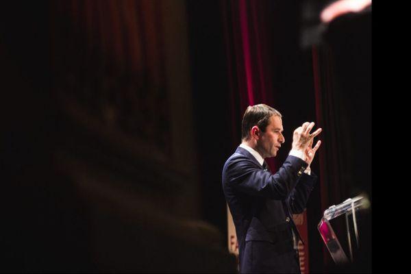 Benoit Hamon était en meeting au Théâtre Femina à Bordeaux