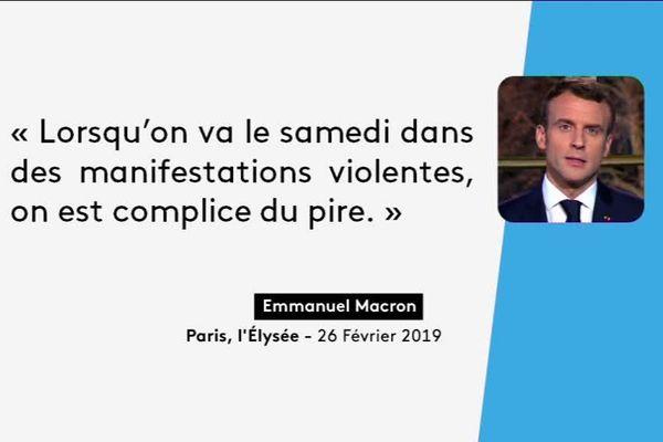 Emmanuel Macron répond à une question de Jean Rottner