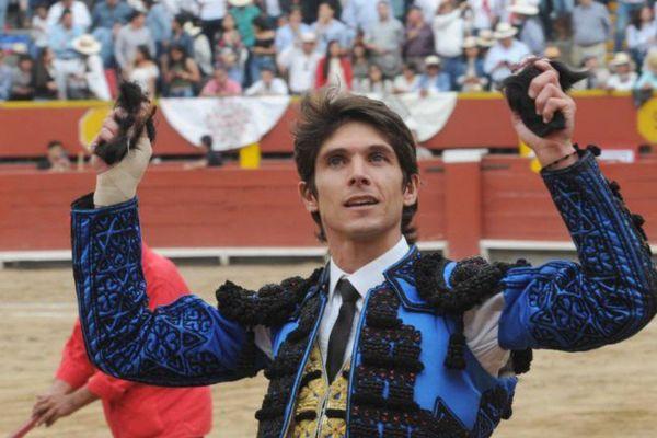 """Sébastien Castella, seul triomphateur de ce dimanche à Lima. Le seul aussi à avoir """"touché"""" un toro correct."""