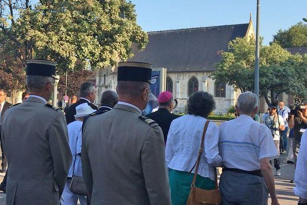 26 juillet 2018- Saint-Etienne du Rouvray : conduite par l'archevêque de Rouen, une marche silencieuse vers l'église où le père Hamel a été assassiné
