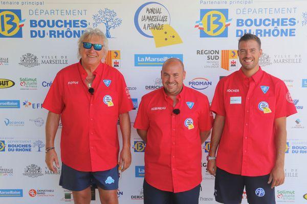 La triplette Foyot-Robineau-Rocher avant sa demi-finale du All Star Mondial.