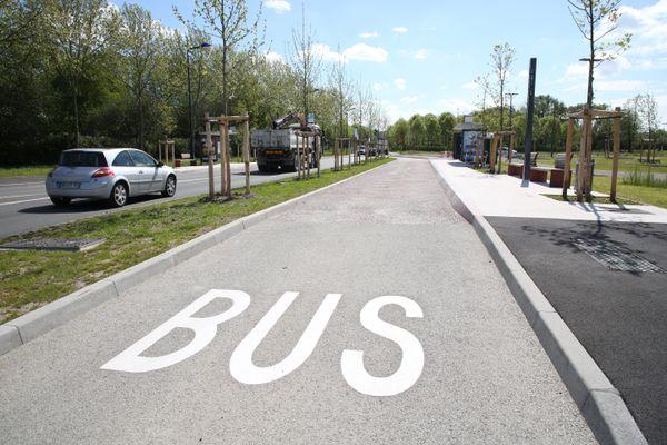 A Amiens, une voie de bus aménagée pour l'accueil du nouveau BHNS - Photo d'illustration