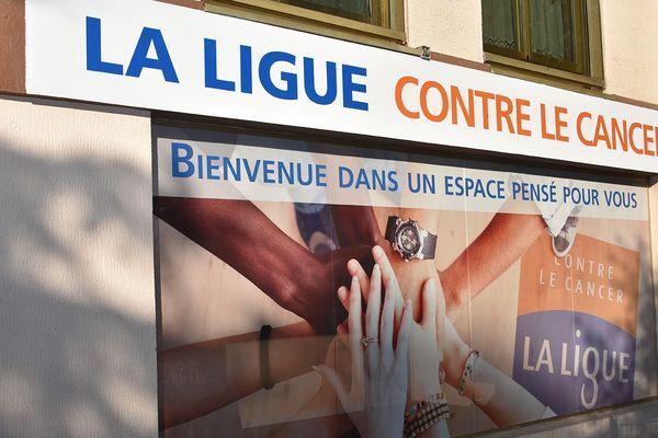 Les Espaces Ligue fermés pendant le confinement, la Ligue contre le cancer poursuit sa mission de soutien aux malades à distance.