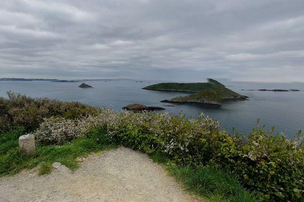 Pointe de Plouézec - Google Maps