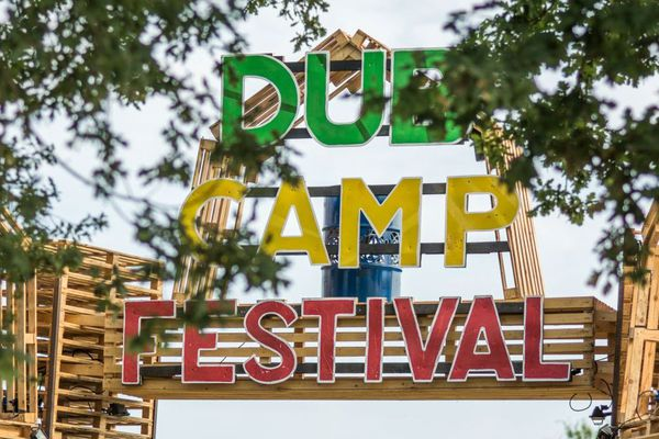 L'entrée du Dub Camp Festival organisé depuis 6 ans par l'association Get Up!