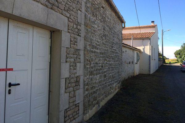 La maison familiale de La Vallée où le corps d'Estelle Duran a été retrouvé en septembre 2016