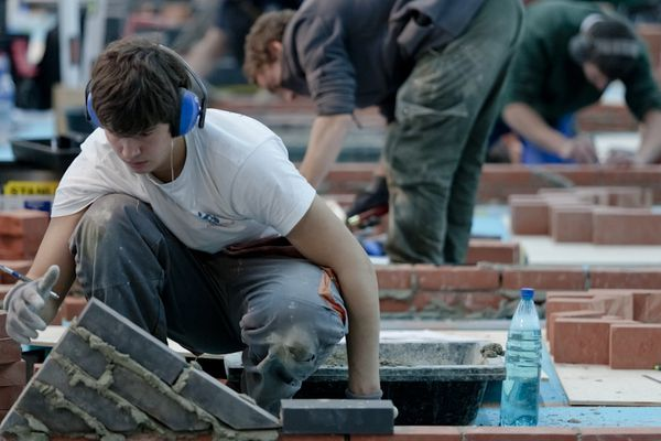 832 candidats aux différents titres nationaux mis en jeu dans ces finales nationales des Olympiades des Métiers 2012 à Clermont-Ferrand