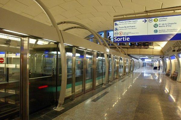 La ligne 14 a été mise en service en 1998.