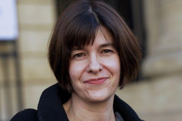 """La romancière d'origine clermontoise Emmanuelle Pireyre a reçu le prix Médicis 2012 pour son livre """"Féérie générale"""" (Editions de l'Olivier). Il s'agit de son quatrième roman."""