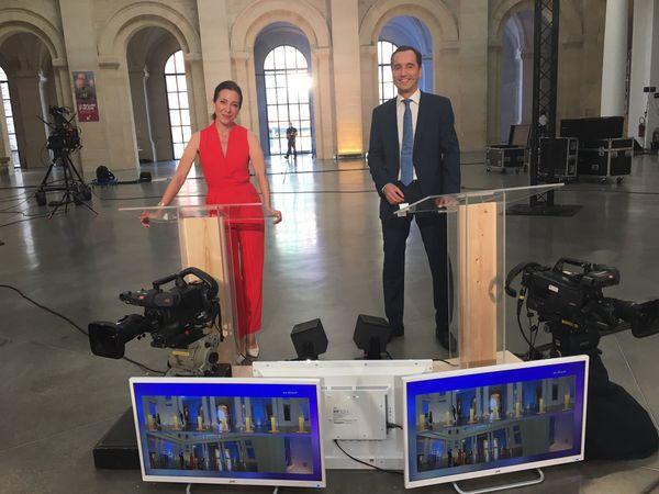 Virna Sacchi et Dominique Patinec lors des répétitions au Palais des Beaux-Arts, quelques heures avant le débat.