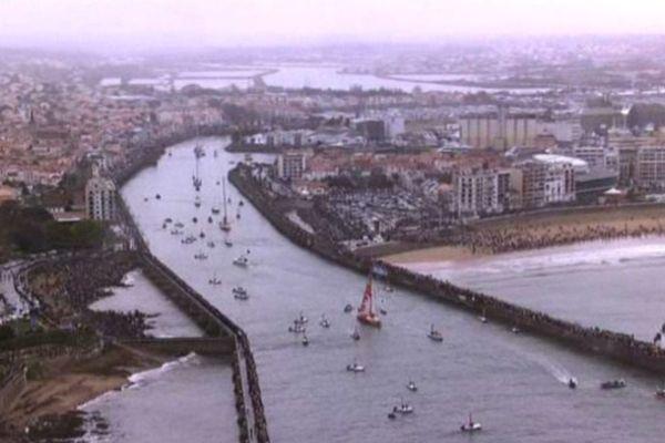 Kito et son bateau ont pris le large, samedi midi, depuis les Sables d'Olonne
