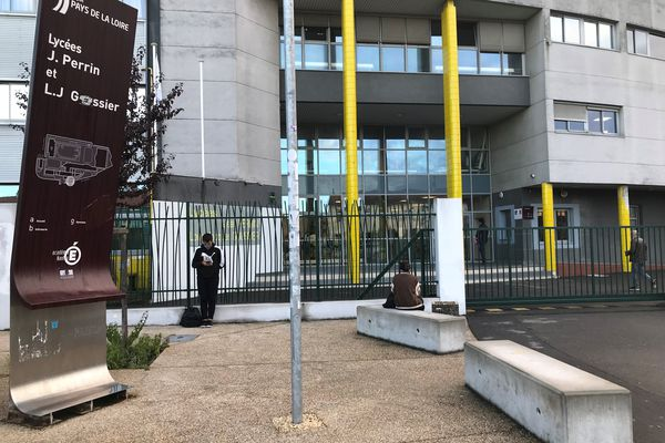 Le lycée Jean Perrin à Rezé à côté de Nantes