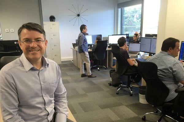 David Gurlé souhaite faire de ce bureau à Sophia Antipolis le centre R&D principal de sa société, Symphony. Cela impliquera l'embauche de cent ingénieurs-programmeurs d'ici 2020.