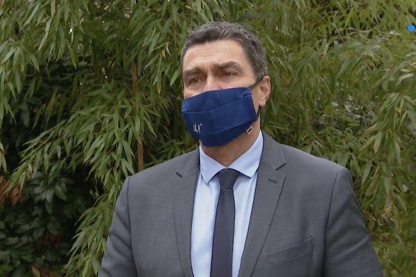 Eric Pauget, député LR des Alpes-Maritimes, demande au Premier ministre d'autoriser la réouverture des restaurants.