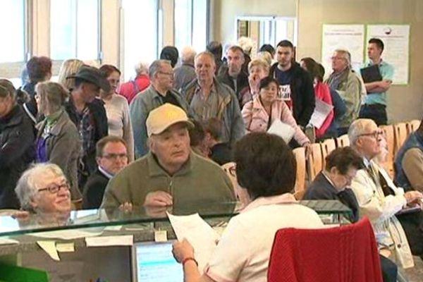 Le centre des impôts de Limoges prévoit d'accueillir 800 visiteurs tous les jours.