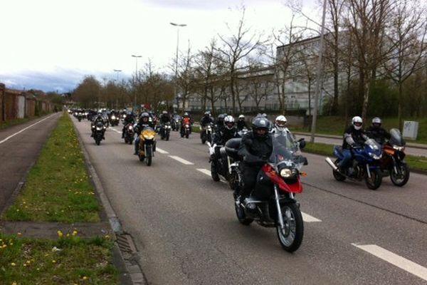 Les motos ont pris la route