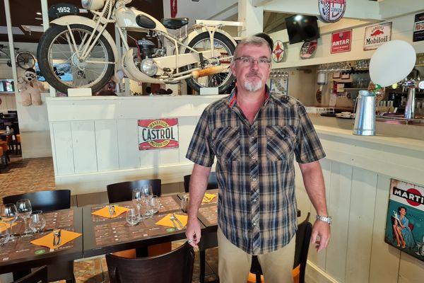 Yannick Chambon est le gérant d'un restaurant de spécialités italiennes à Bordeaux-Lac.