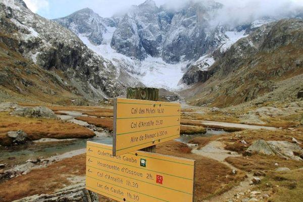Le glacier des Oulettes dans les Hautes Pyrénées, devrait être l'un des premiers à disparaître