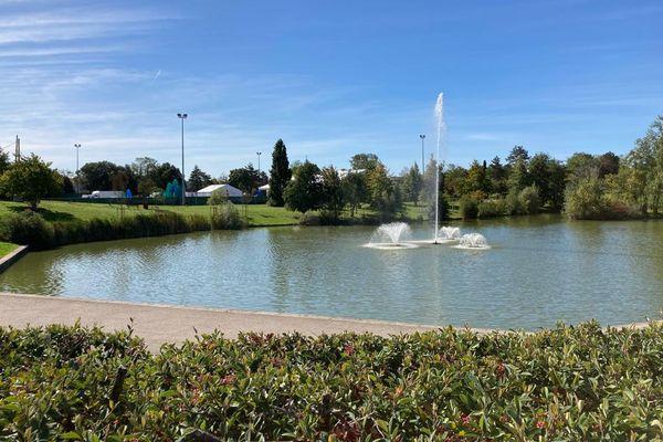Le parc du Ritouret à Blagnac qui accueille le Festival des Lanternes à proximité d'Odyssud