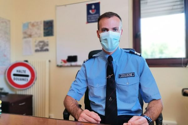 Le chef de la division des douanes d'Amiens, Cédric Orgeret défilera sur les champs Elysées le 14 juillet