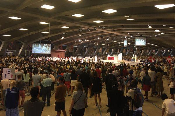 En temps normal Lourdes attire 25 000 pèlerins pour les célébrations de l'Assomption. Cette année, l'accès est limité à 10 000 personnes.
