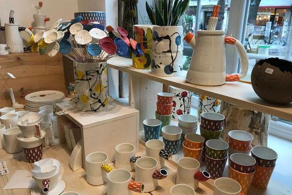 Des créations de tous styles dans la boutique de Noël, made in Alsace