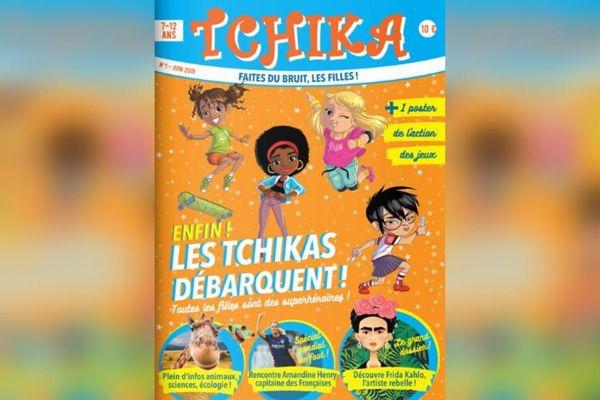 """La couverture de Tchika, premier magazine d'""""empowerment"""" féminin destiné aux 7-12 ans."""