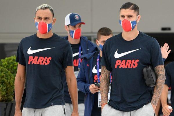 Malgré la contamination de six joueurs du PSG (dont Navas et Icardi ici sur la photo), Lens devrait bien affronter le PSG jeudi soir, la LFP ayant assoupli son protocole.