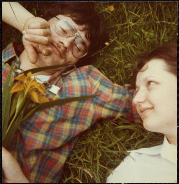 """Allongés dans l'herbe"", vers 1975"