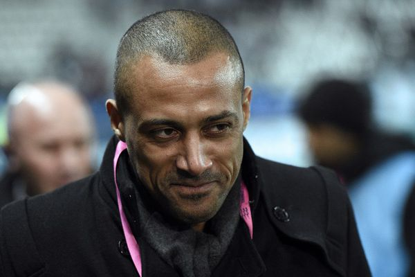 L'ex-joueur de football né à Pithiviers (Loiret), est accusé viol en réunion. Les faits dateraient d'il y a 21 ans.