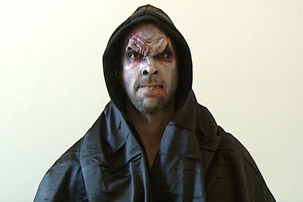 Le maquillage et ses effets spéciaux pour devenir méconnaissable le soir d'Halloween !