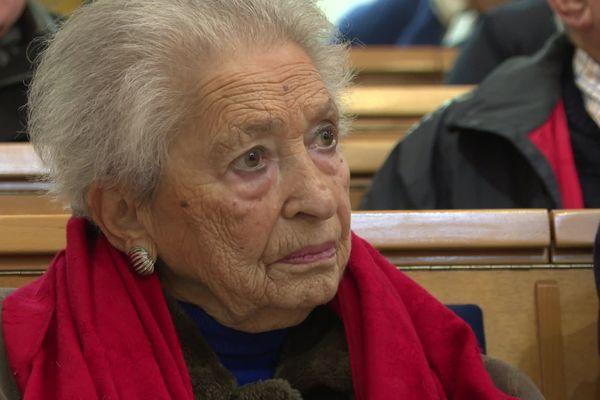 Magda Hollander-Lafon a survécu à Auschwitz en mentant sur son âge lors de la sélection à l'entrée du camp de concentration
