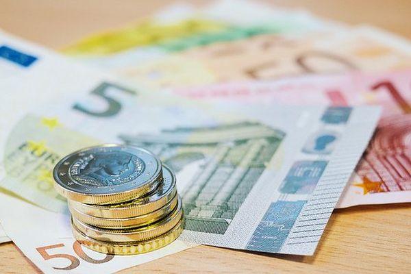 Pièces de monnaies et billets