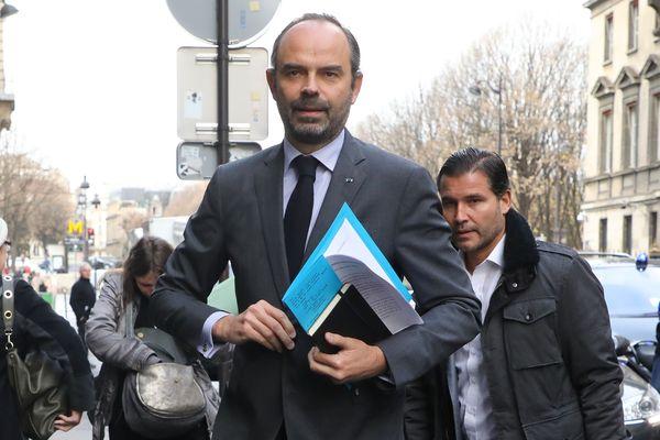 """Edouard Philippe a annoncé ce 4 décembre une série de mesures pour tenter d'apaiser le mouvement des """"gilets jaunes""""."""