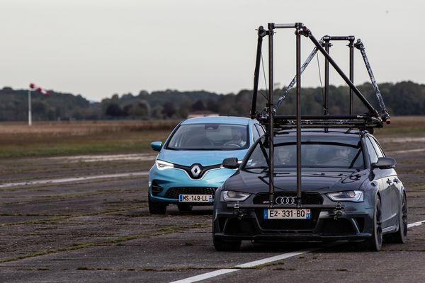 Le tournage du spot de Renault a eu lieu ce lundi sur la piste de l'aérodrome de Brienne-le-Château (Aube)
