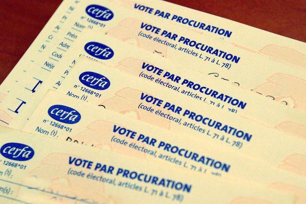 Le mandant doit remplir un formulaire pour pouvoir voter par procuration.