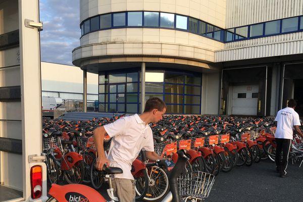 1.230 vélos Biclooplus sont désormais disponibles partout à Nantes. Ils remplacent les 800 anciens Bicloos.