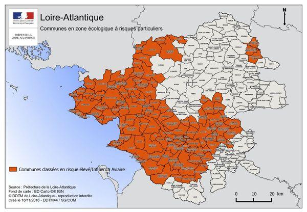 Loire-Atlantique, carte des zones à risques élevé / Influenza aviaire