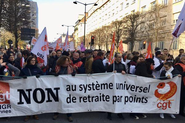Manifestation à Rennes du jeudi 5 décembre 2019 contre la réforme des retraites