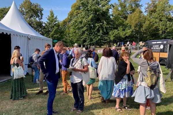 Yannick Jadot, candidat à la primaire des écologistes, lors des Journées d'été à Poitiers, vendredi 20 août 2021.