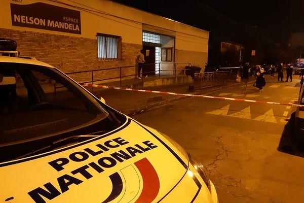 Un adolescent est décédé tué par balle Espace Nelson Mandela ce vendredi 26 février à Bondy
