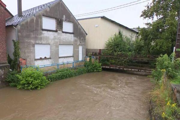 À Montcornet (02), le niveau de la Serre va encore monter dans les prochaines heures.