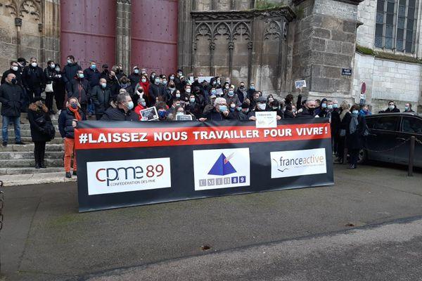 Les professionnels de l'hotellerie-restauration manifestent ce mercredi à Auxerre