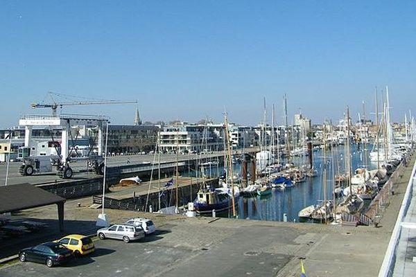 Le bassin des chalutiers du Musée maritime de La Rochelle