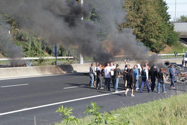 Des gens du voyage avaient bloqué l'A1 fin août à Roye pour faire pression sur la justice.