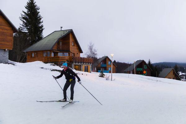 Ski de fond à La Feclaz, en Savoie, image d'illustration.