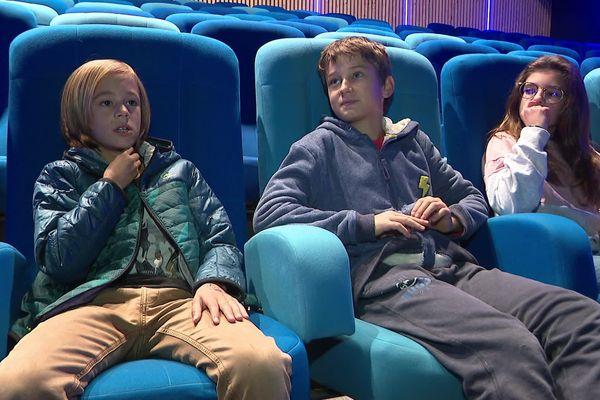 Néans, Théo et Agathe font partie du jury du festival pour enfants de Vizille